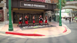 A Look At The Sci-Fi City And Street Dance In FreeStyle, Universal Studios